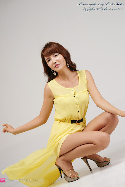 2 Cha Sun Hwa in Yellow-Very cute asian girl - girlcute4u.blogspot.com