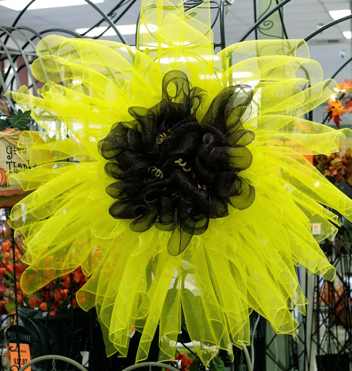 Ben franklin crafts and frame shop monroe wa diy sunflower deco diy sunflower deco mesh wreath baditri Gallery