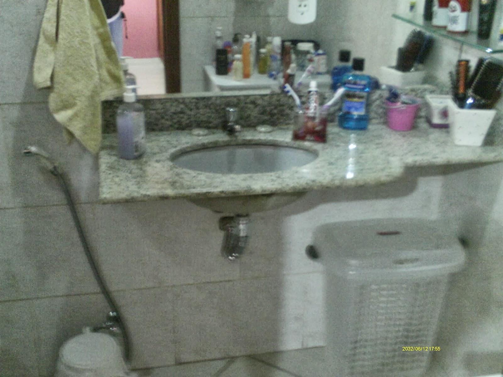 Imagens de #334A63 Casa Cocotá Ilha do Governador Avelino Freire Imóveis 1600x1200 px 2886 Box Banheiro Ilha Do Governador