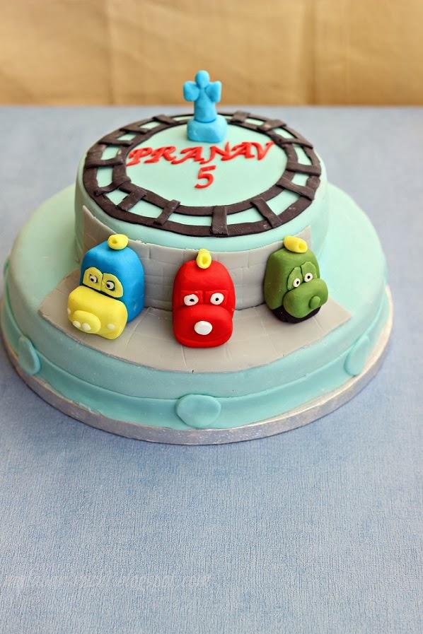 Cake Images Ruchi : RUCHI: Chuggington cake