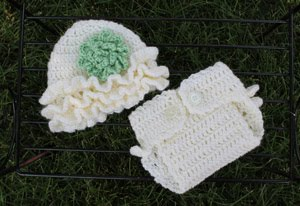 Hat and Diaper Set