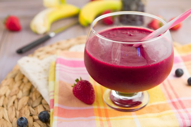 How to make juice for detoxing Recipe in english juice Detoxify the body Help lose weight.Improve the quality of sleep.Improve the appearance of hair and skin.Prevent diseases.