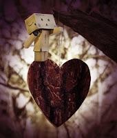 Boneka Danbo Lagi jatuh Cinta