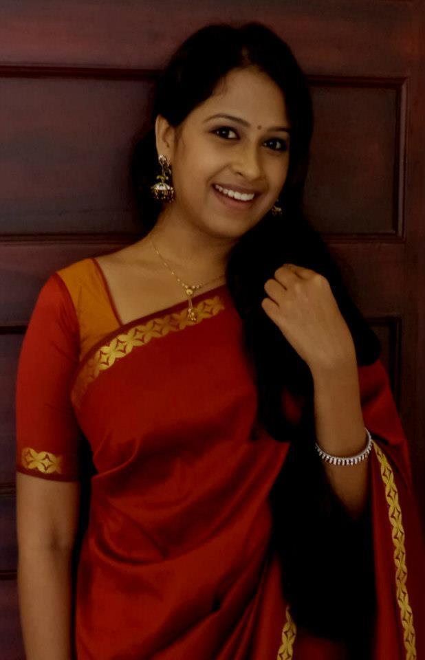 http://3.bp.blogspot.com/-ANp5Ss3YYNU/UejedASTXeI/AAAAAAAAAZw/HcG8rg_9hqk/s1600/Pattu+Saree+Serial+Actress+Sadhika+Venugopal+Photos+++(3).jpg