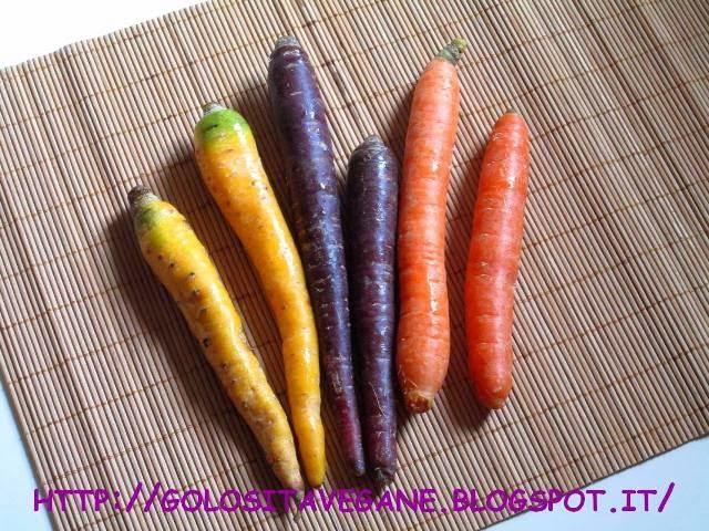 carote, carote gialle, carote viola, cavolo cinese, cipolle, Primi, ricette vegan, riso, salsa soia, shoyu, spaghetti, tamari,