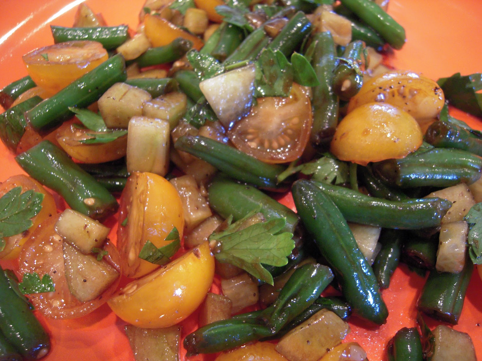 Food Garden Recipes: Green Bean, Cucumber and Cherry Tomato Salad