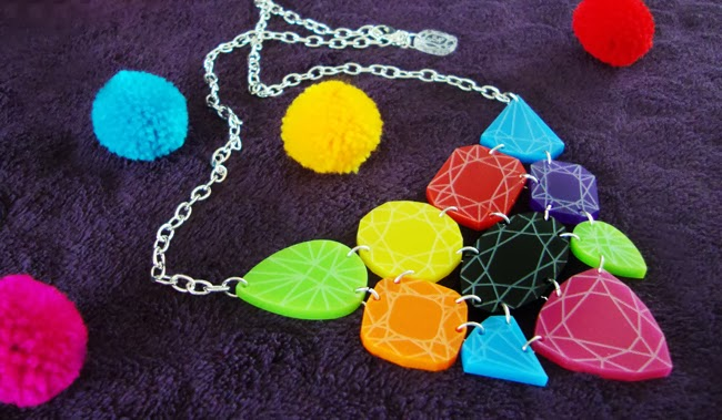 sugar and vice, giveaway, colourful statement necklace
