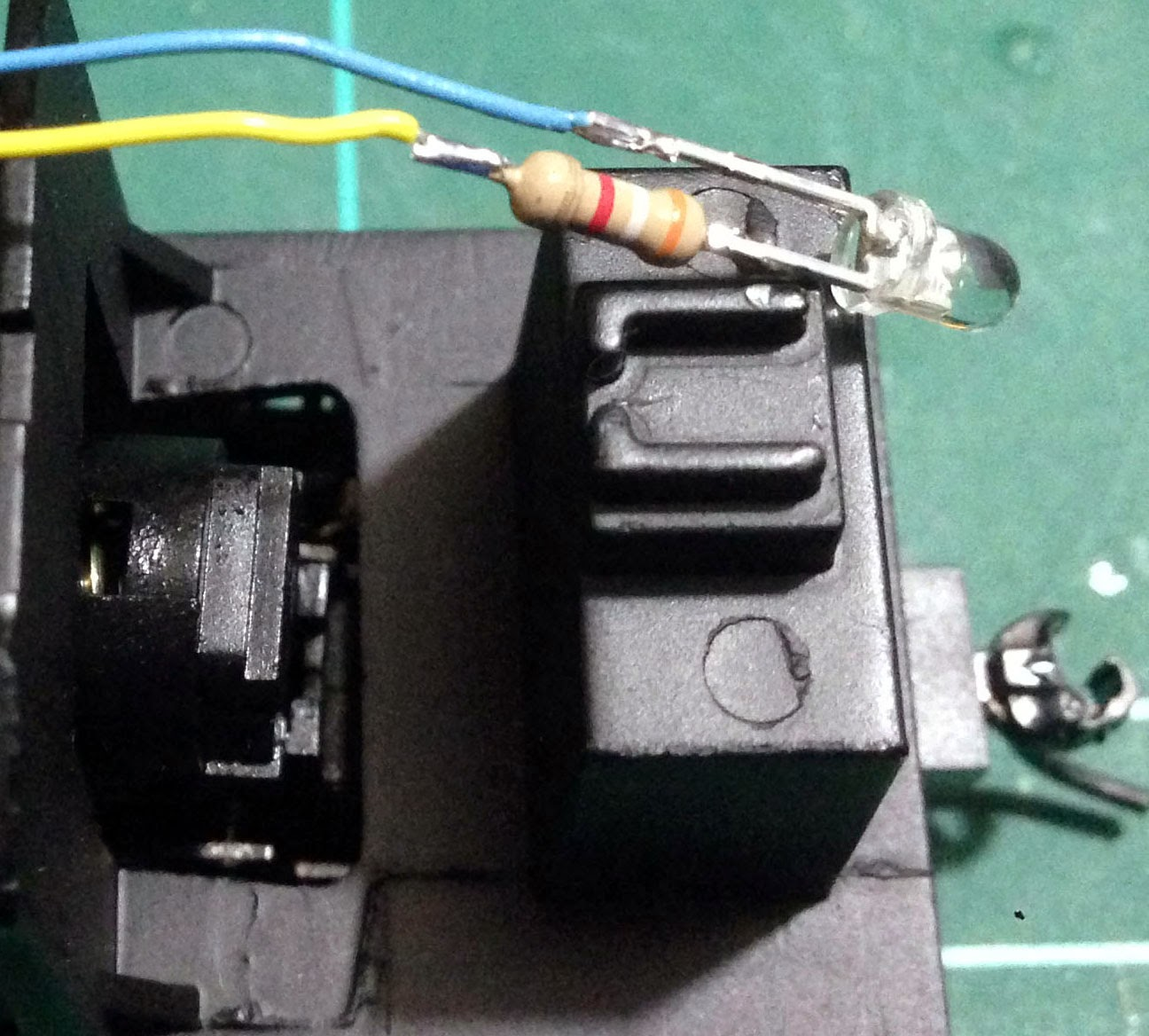 Coopers Ridge Trainorama Gm Class Dcc Modification With Sound Light Wiring Figure 6 Rear Led