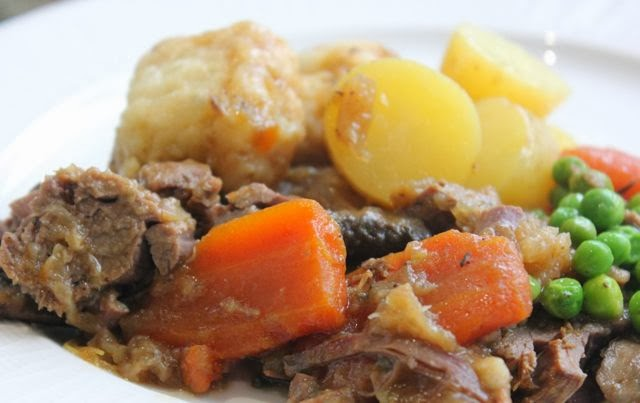BEEF STEW AND DUMPLINS