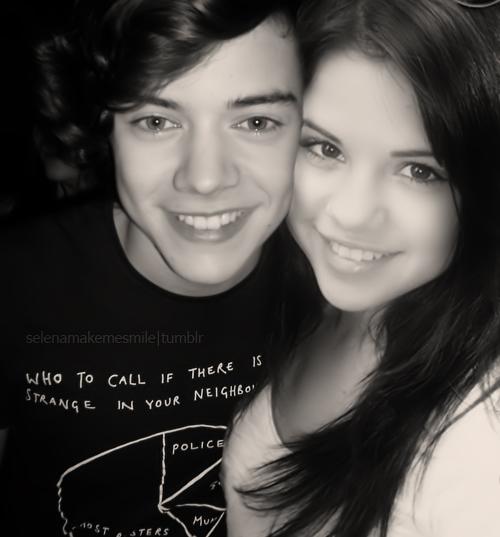 Selena G  243 mez  Harry Styles prefiere las mujeres mayores Harry Styles And Selena Gomez