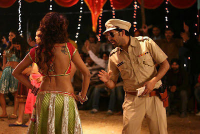 Oye Hoye Pyar Ho Gaya Official Trailer