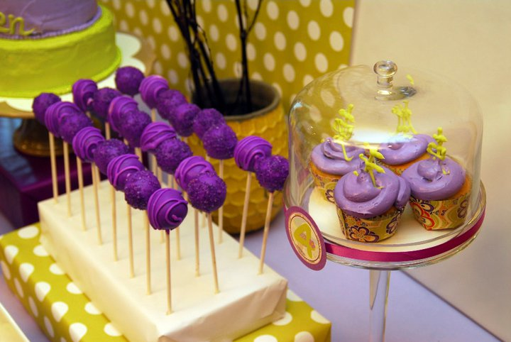 Honeycomb Events Design Cuckoo for Cake Pops