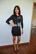 Shruti Haasan Glam pics-thumbnail-17