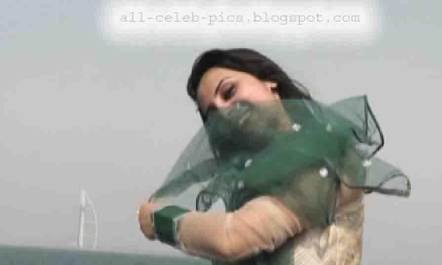 Farzana naz picture in dubai