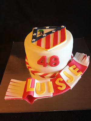 tarta decorada; tarta fondant; tarta atleti; tarta madrid; tarta atletico de madrid, atleti; madrid; futbol; pelota; rojiblanco; rojiblanca