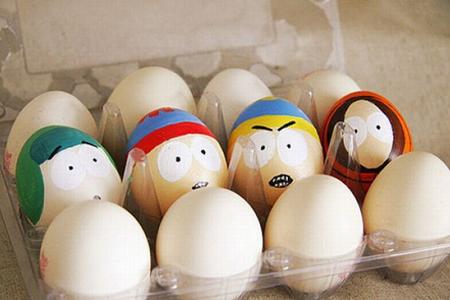 Яйчица с личица нарисувани с акрилни бои