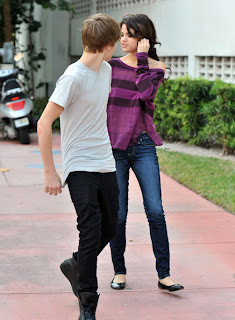 Selena Gomez & Justin Bieber wallpapers