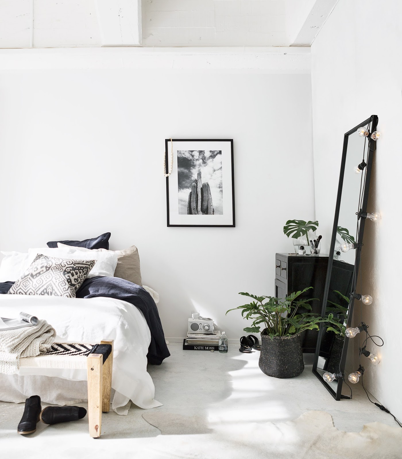 la petite fabrique de r ves ethnic style une jolie chambre blanche et noire. Black Bedroom Furniture Sets. Home Design Ideas