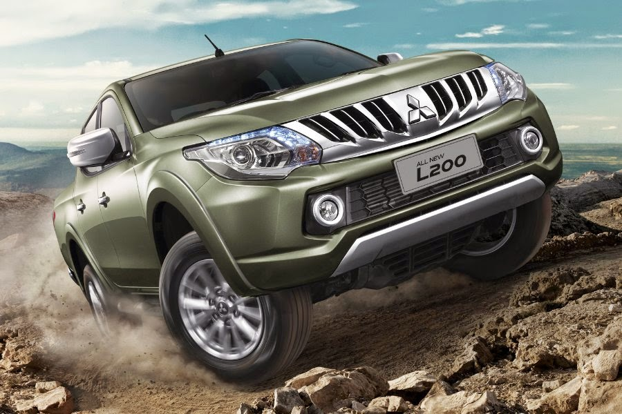 Mitsubishi L200 Double Cab (2015) Front Side
