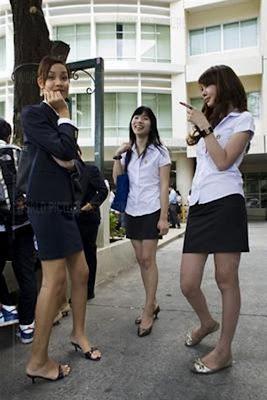 變性人大學(ladyboy university)