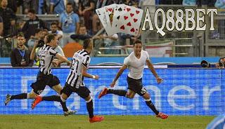 Liputan Bola - Alessandro Matri menjadi penentu kemenangan Juventus di final Coppa Italia. Pemain Timnas Italia itu mencetak gol di babak extra-time untuk mengubah kedudukan menjadi 2-1 dalam duel di Stadio Olimpico