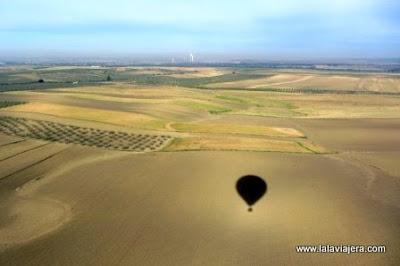 Sobrevolando El Aljarafe en Globo Aerostatico
