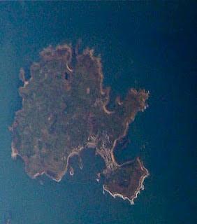 10 Pulau Unik Yang Bentuknya Tidak Biasa [ www.BlogApaAja.com ]