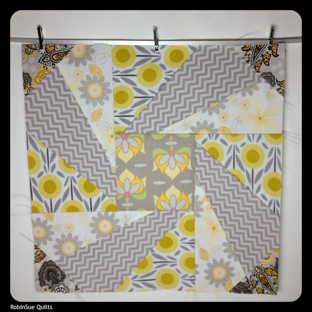 paper piecing, spinning wheel, low volume fabric