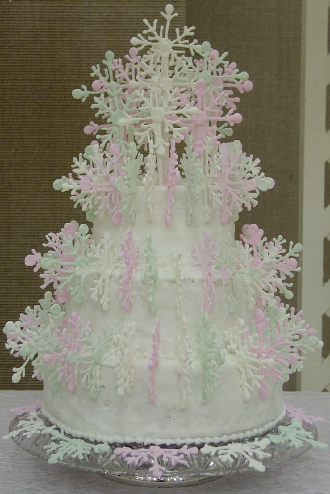 winter wonderland wedding cakes