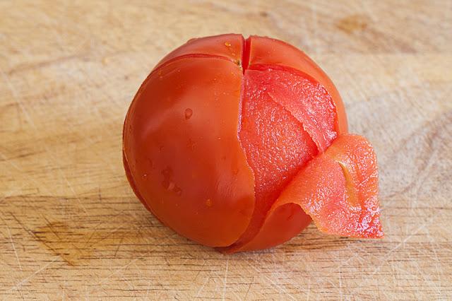 Kako oguliti paradajz?