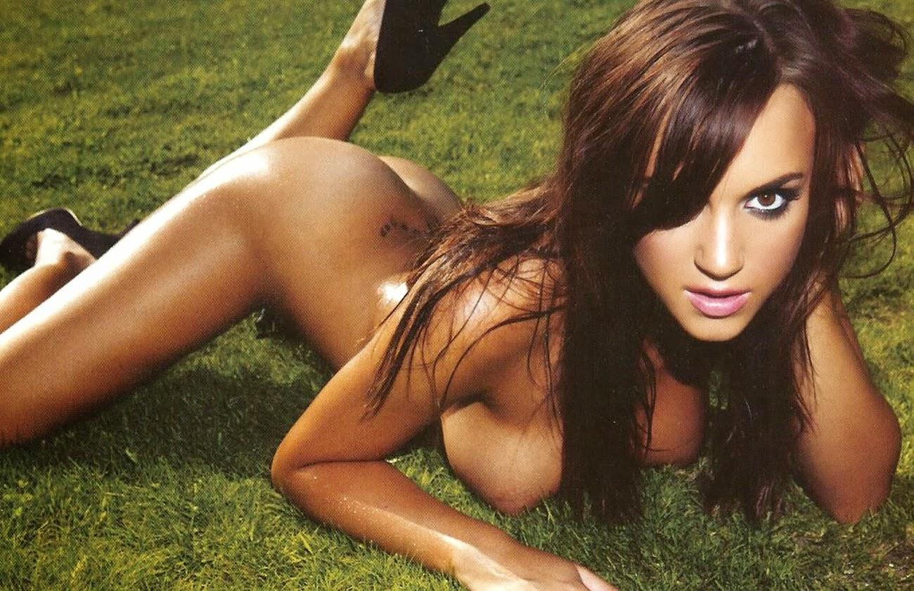 Rosie Jones nude