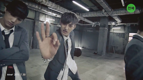 EXO Growl Tao