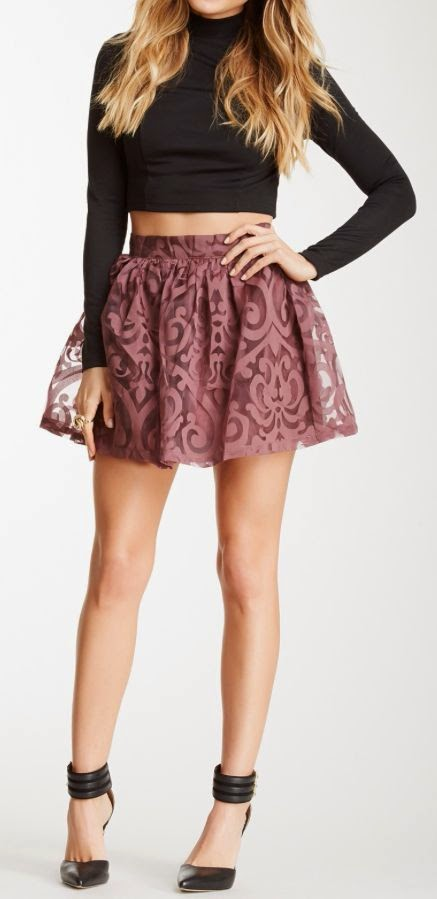 crop top + swing skirt
