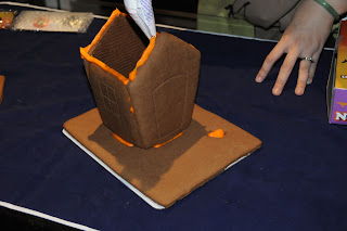 Orbit Cookie - Haunted House House Kit - Chocolate Cookie