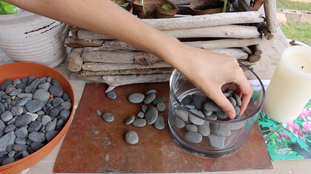 DIY Beach Stone Ideas