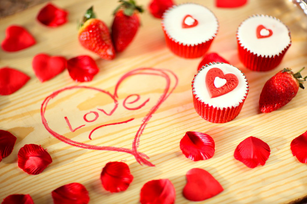 Cute love artistic hd images for expression of feelings for Love theme images