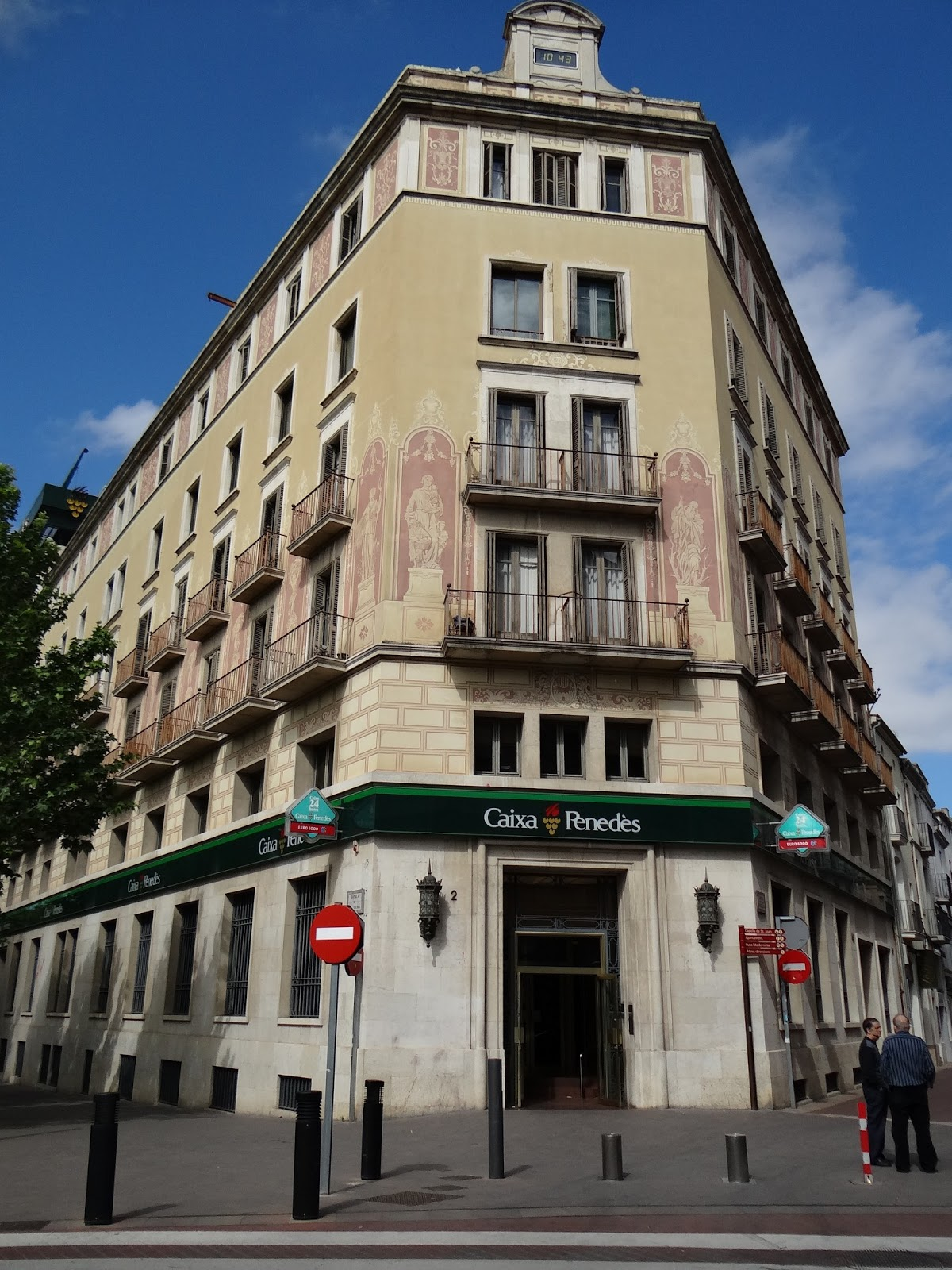 Relat la casa de n mero 2 de la rambla de nostra senyora for Morato vilafranca