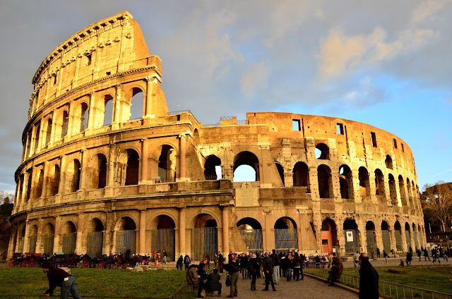 Flavian Amphitheater The flavian amphitheaterFlavian Amphitheater Reconstruction