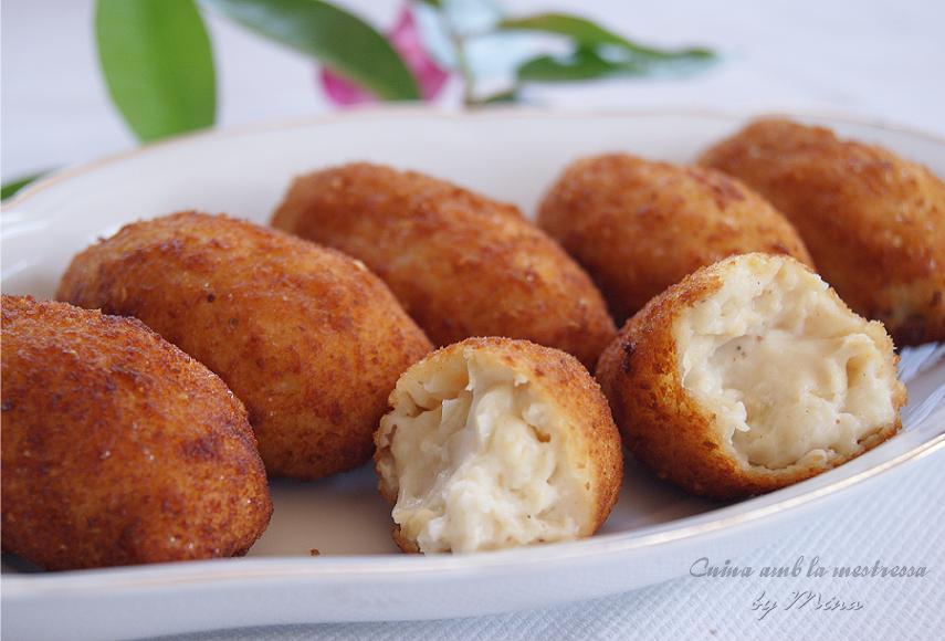 http://cuinaamblamestressa.blogspot.com.es/2014/09/croquetas-de-pollo-asado-caseras.html