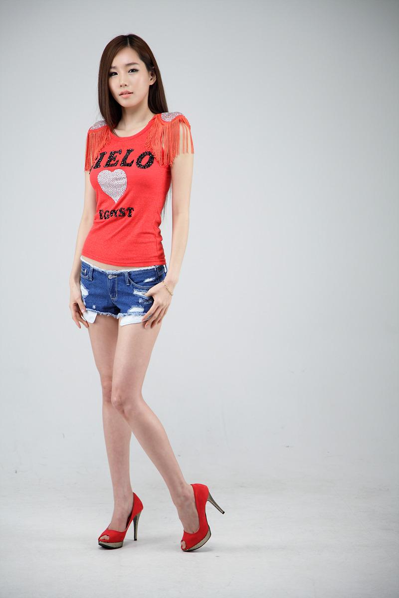 Lee Ji Min - Red Top ~ Cute Girl - Asian Girl