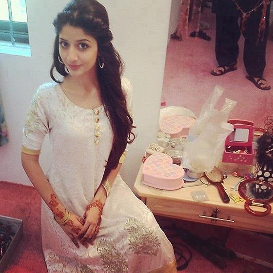 Mawra Hocane Latest 2013 images