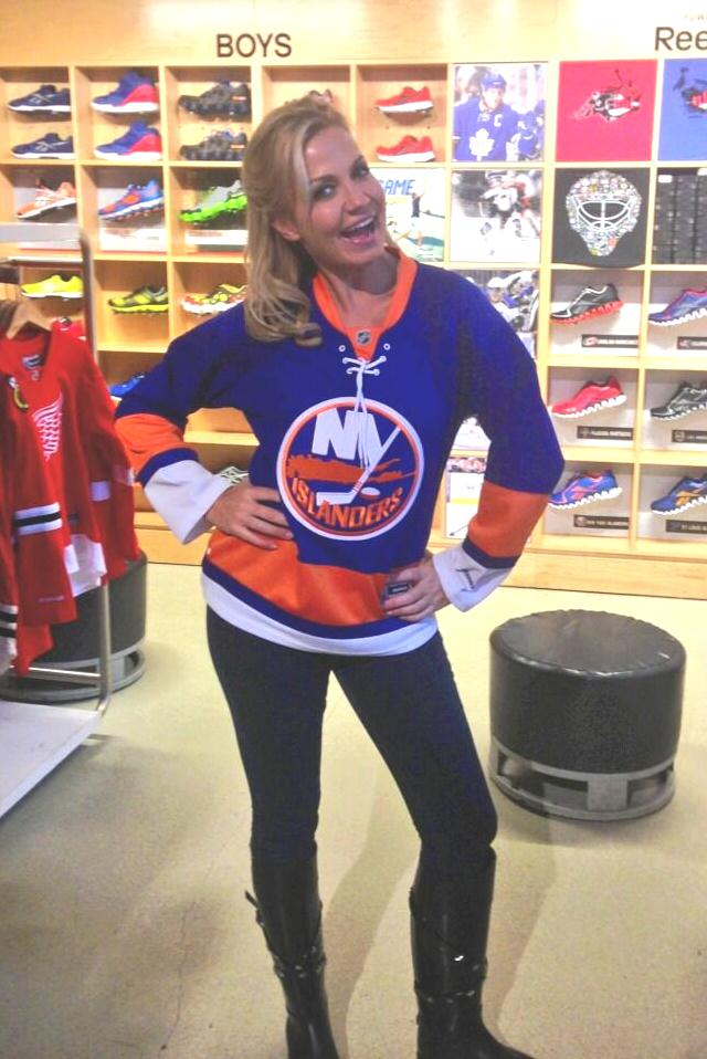 Michelle Beadle Heels The gallery for -->...