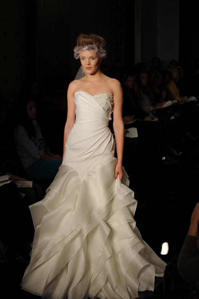 Reem_Acra_Wedding_Dress_Ruffled_Skirt