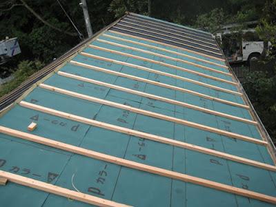 横浜市港北区 瓦屋根~ガルバリュウム鋼板桟葺き 屋根リフォーム 防水シート 垂木