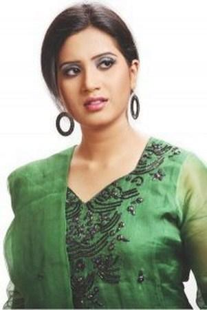 Bangladeshi Singer Nancy Live Show - YouTube