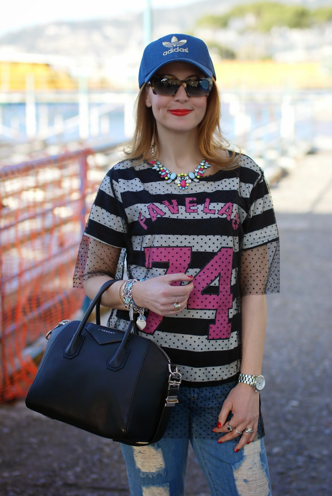 Kilibbi t-shirt, tulle on t.shirt, miu miu rasoir, adidas cap, Fashion and Cookies, fashion blogger