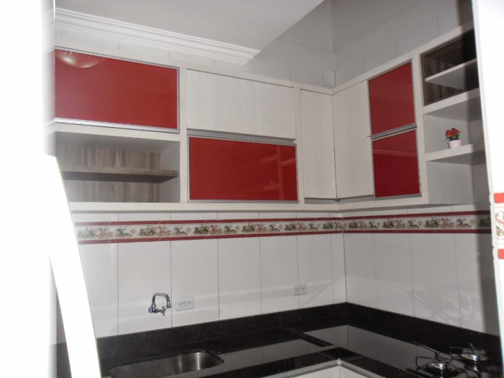 Armario De Cozinha Planejado Branco E Vermelho Beyato Com  ~ Armario Modulado Para Quarto E Quarto Vermelho E Branco