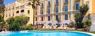 Fachada y piscina del Barceló Montecastillo