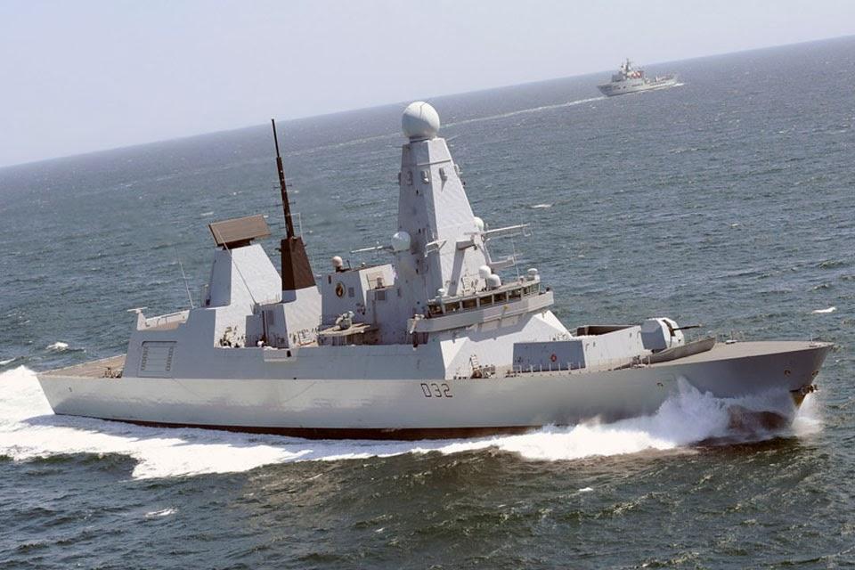 Kapal Destroyer Angkatan Laut Kerajaan Inggris Akan Sandar di Tanjung Priok
