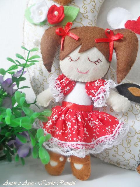 Guirlanda Bem Vindo, bonequinhas e dog.